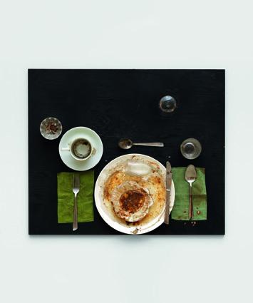 72dpi_spoerri_variations_on_a_meal.jpg